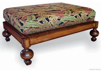 traditional-footstools-and-ottomans (1)